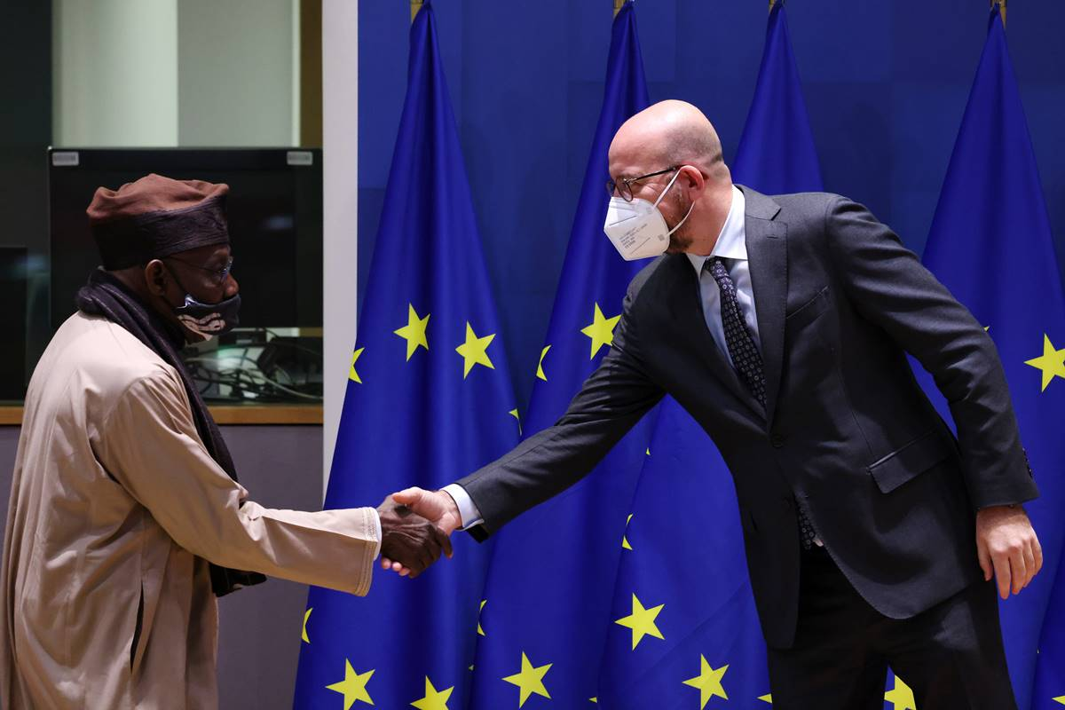 From left to right: Olusegun OBASANJO (High Representative of the African Union for the Horn of Africa), Charles MICHEL (President of the European Council)